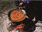 how to make goulash soup in cauldron