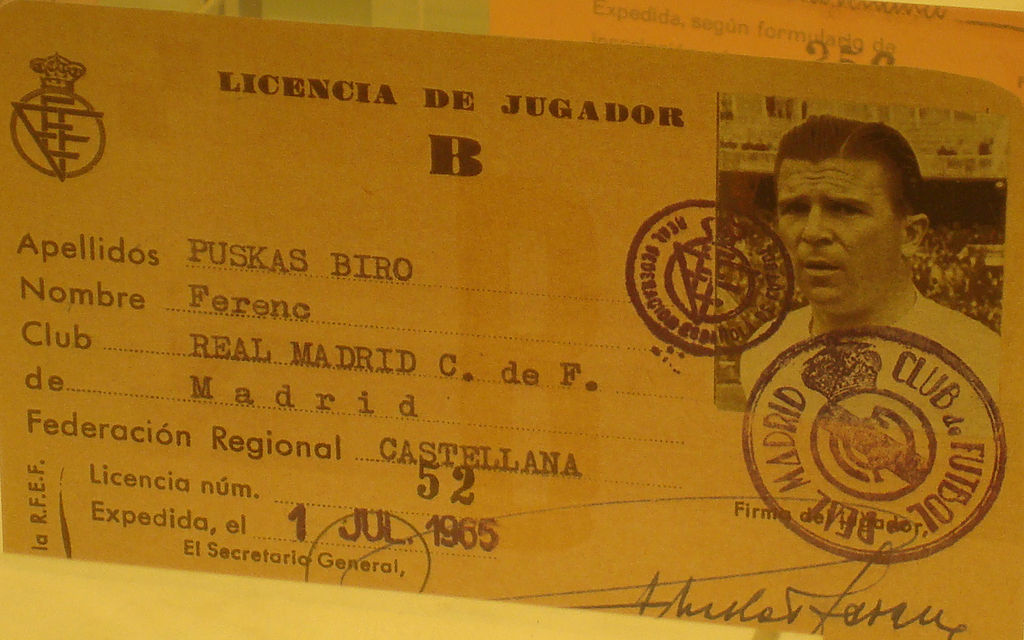 1024px-Ferenc_Puskas_player_licence