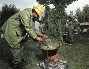 Hungarian fish soup_6
