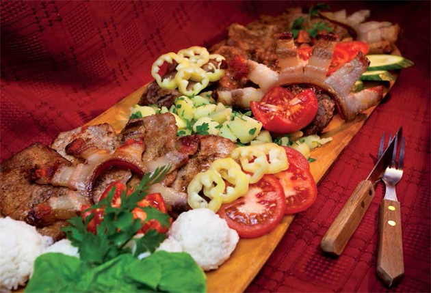 Hungarian recipe Transylvanian mixed grill_big