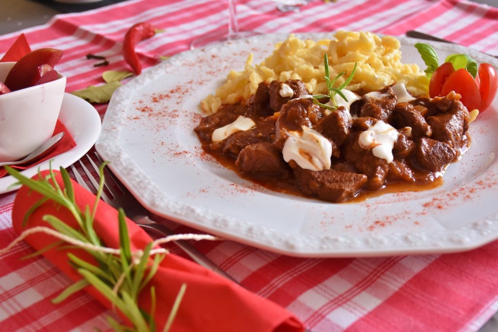 veal paprikash sour cream recipe